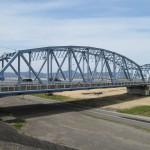 曲弦ワーレントラス橋